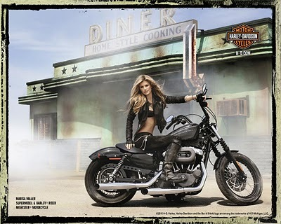 Hump-Day Hot Harley Girl